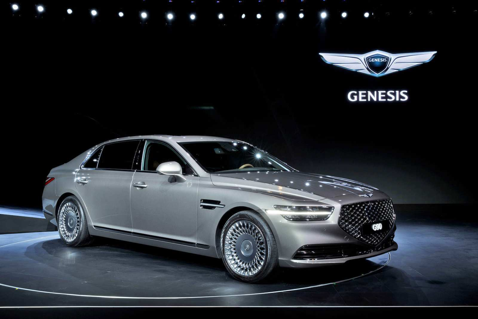 33 Gallery of 2019 Genesis G90 Interior with 2019 Genesis G90