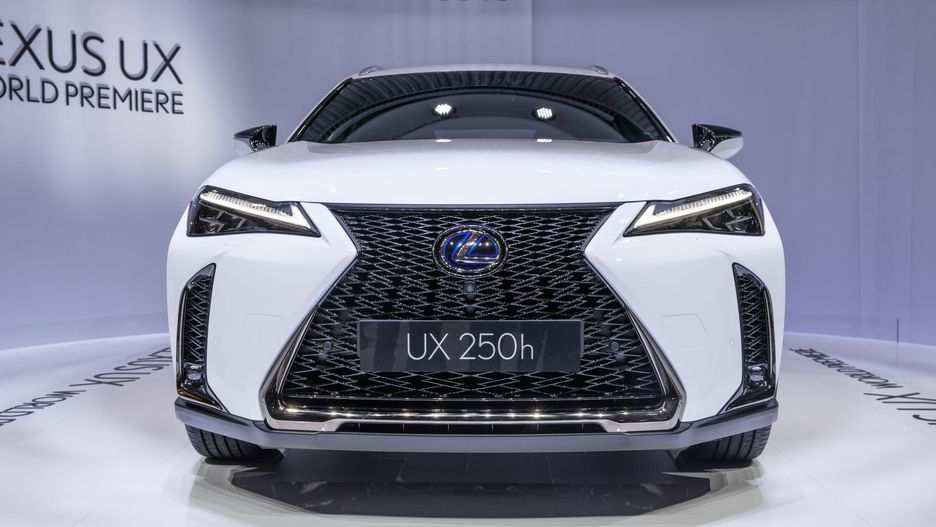 33 The 2019 Lexus Hybrid Spy Shoot by 2019 Lexus Hybrid