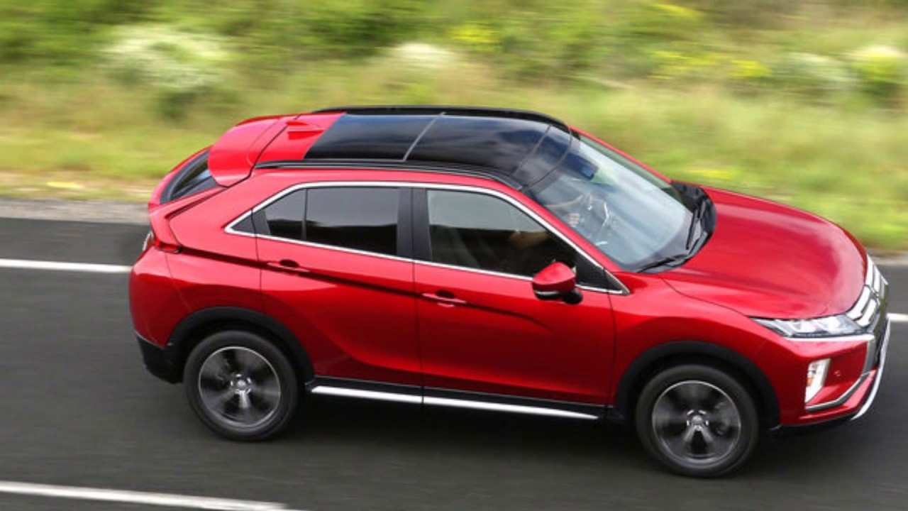 38 Gallery of 2019 Mitsubishi Cross Interior by 2019 Mitsubishi Cross