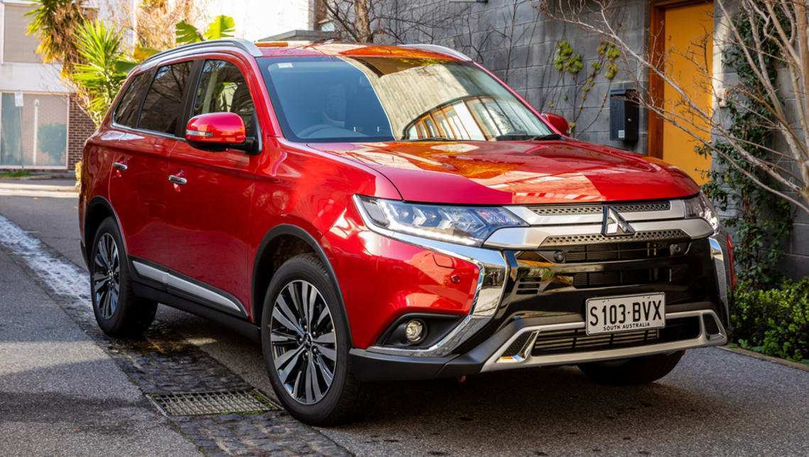 38 Gallery of 2019 Mitsubishi Outlander Se Specs and Review with 2019 Mitsubishi Outlander Se