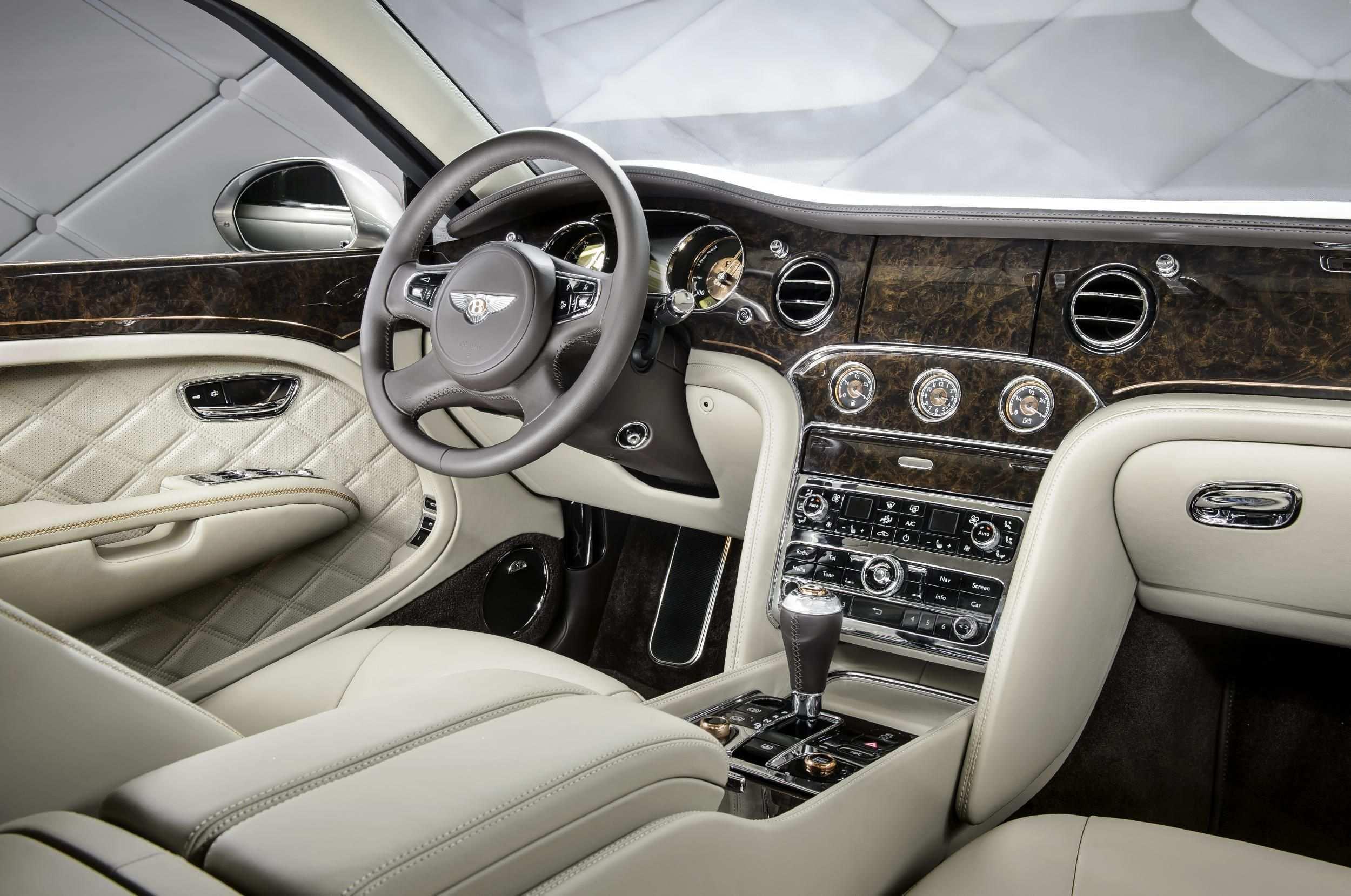 39 New 2020 Bentley Suv Specs with 2020 Bentley Suv