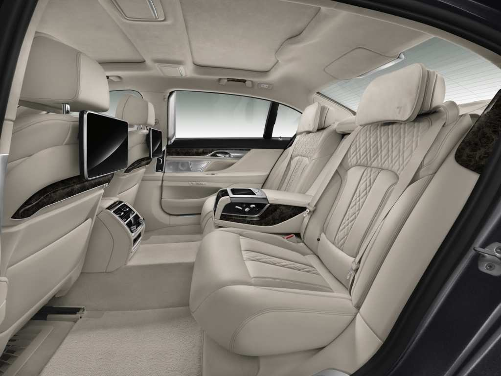 42 Gallery of 2019 Cadillac Ct8 Interior Spy Shoot for 2019 Cadillac Ct8 Interior