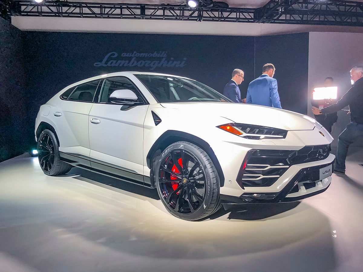 44 Concept of 2019 Lamborghini Urus Review Style with 2019 Lamborghini Urus Review
