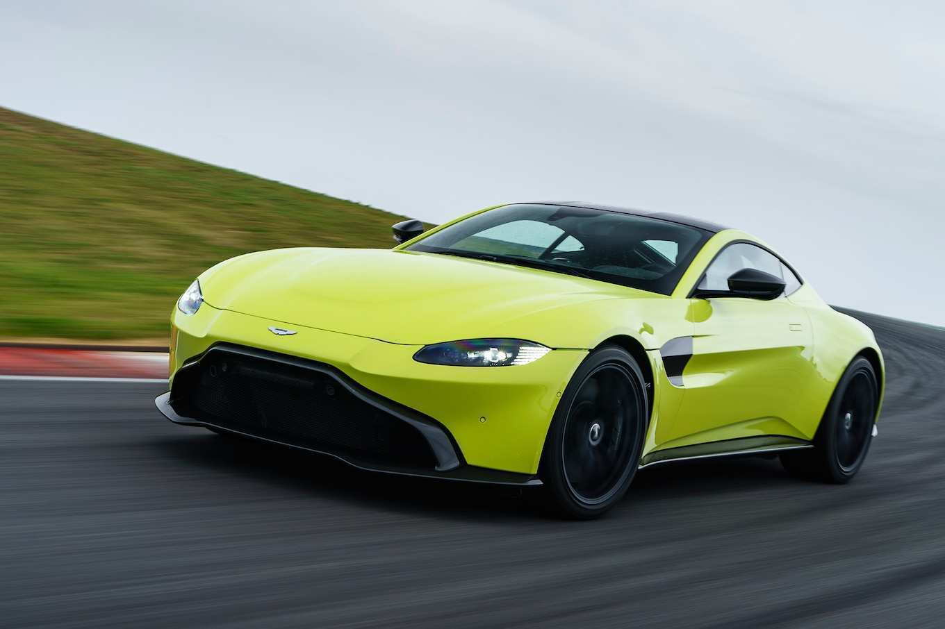 44 Great 2019 Aston Martin Vantage Exterior and Interior by 2019 Aston Martin Vantage