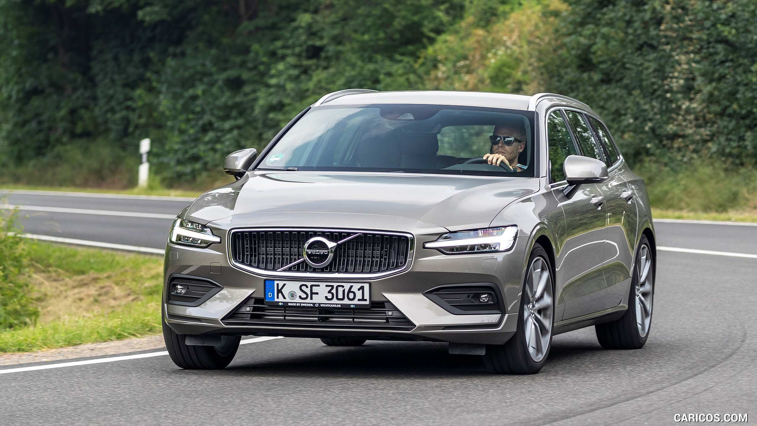 45 All New 2019 Volvo V60 D4 Review by 2019 Volvo V60 D4