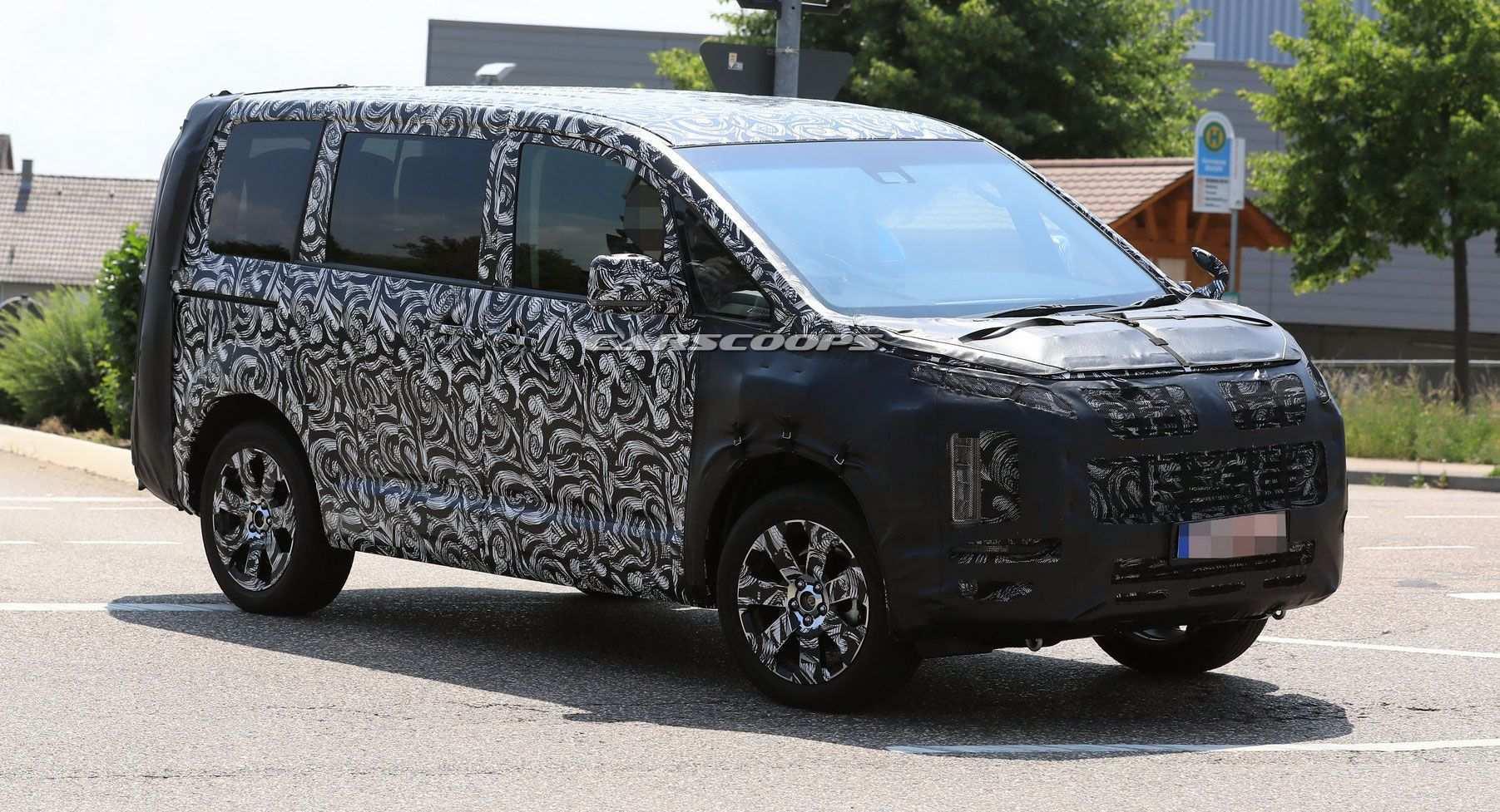 45 Gallery of 2019 Mitsubishi Delica Pricing for 2019 Mitsubishi Delica