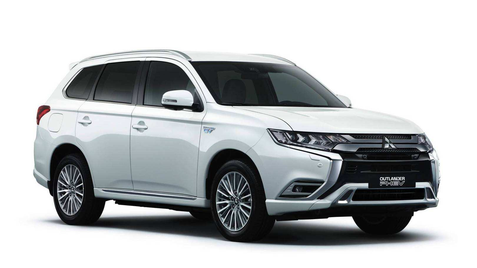 48 Gallery of 2019 Mitsubishi Outlander Phev Review Engine for 2019 Mitsubishi Outlander Phev Review
