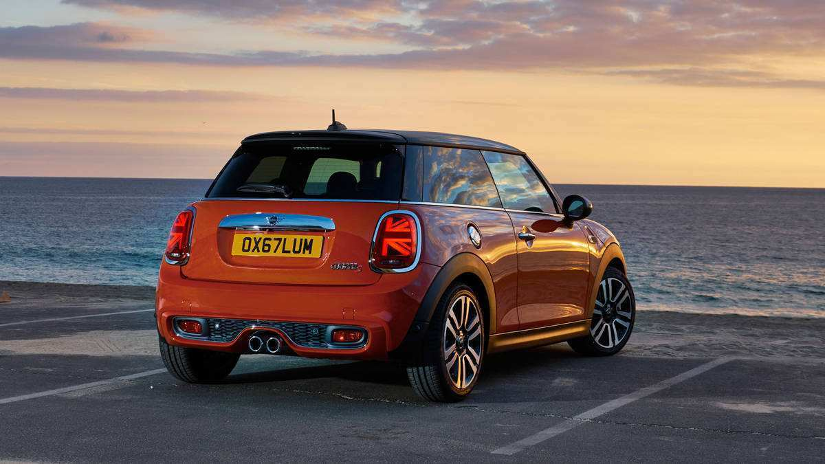 48 The 2019 New Mini Research New for 2019 New Mini