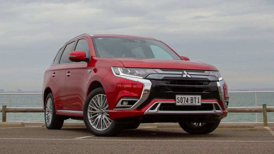 50 All New 2019 Mitsubishi Outlander Phev Review Concept with 2019 Mitsubishi Outlander Phev Review