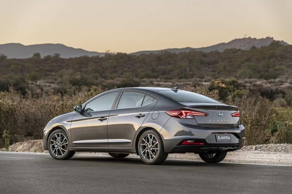 50 Best Review 2019 Hyundai Elantra Sport Performance and New Engine for 2019 Hyundai Elantra Sport