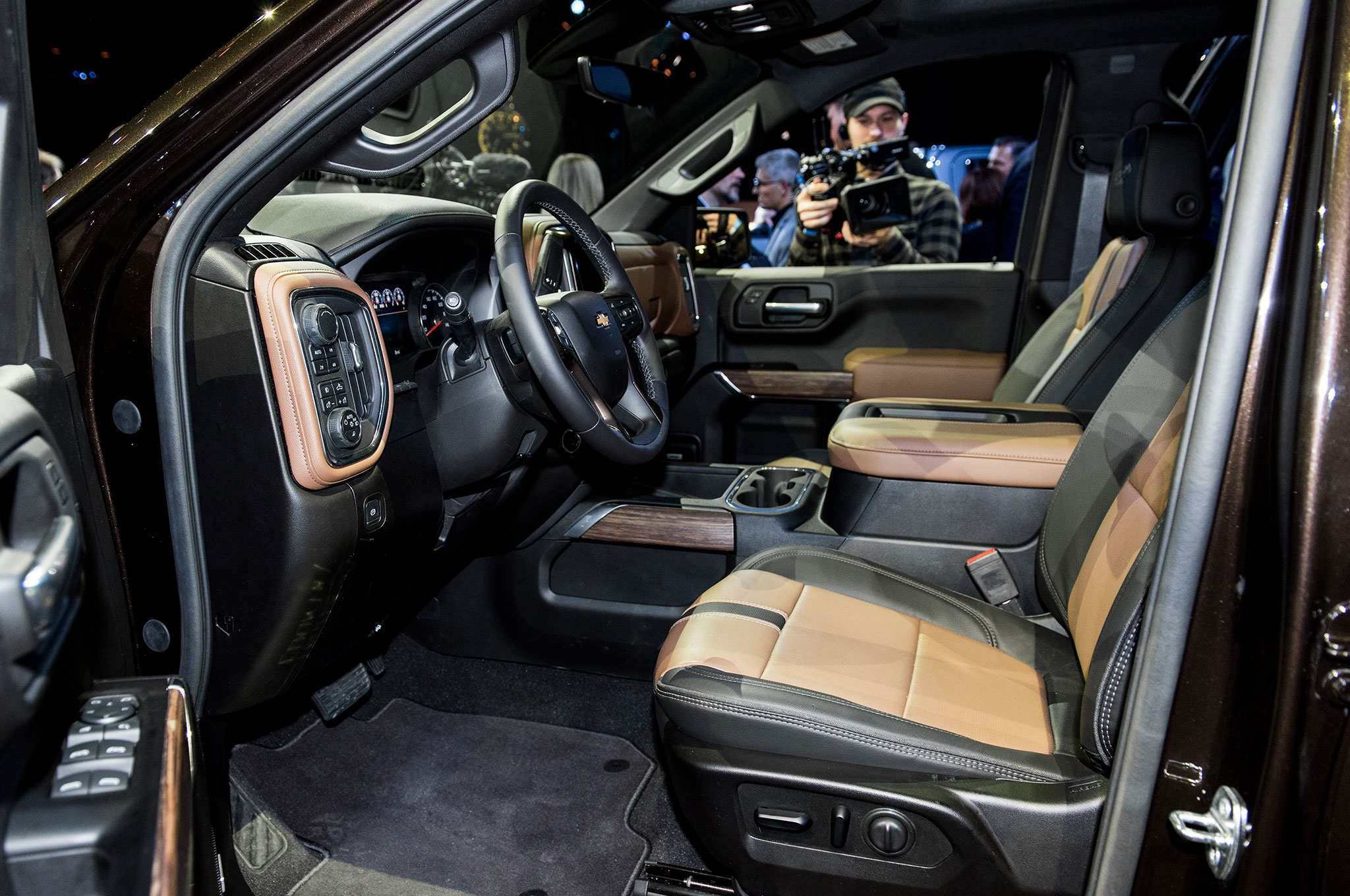 52 All New 2019 Chevrolet High Country Interior Price and Review with 2019 Chevrolet High Country Interior