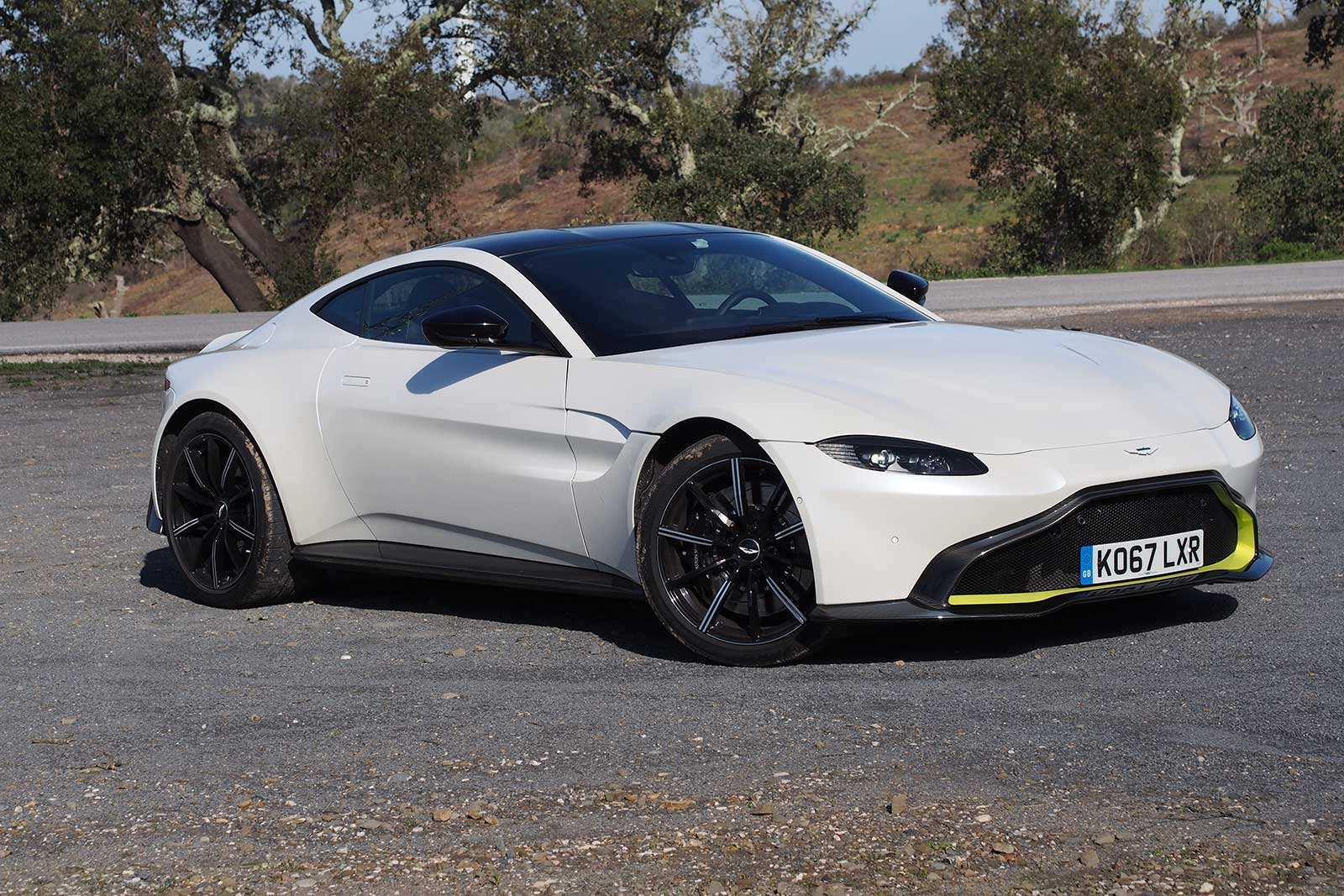 53 New 2019 Aston Vantage First Drive for 2019 Aston Vantage
