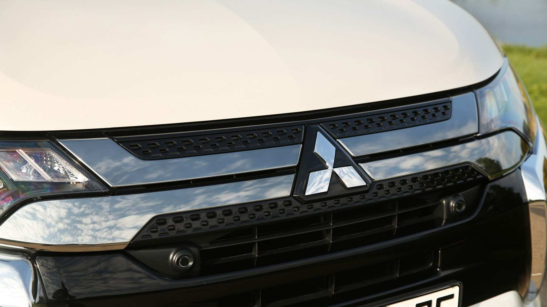 54 New 2019 Mitsubishi Outlander Phev Review Spy Shoot for 2019 Mitsubishi Outlander Phev Review