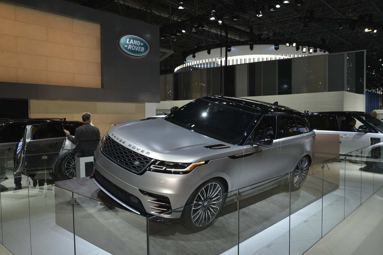 56 Gallery of 2020 Land Rover Road Rover Images with 2020 Land Rover Road Rover