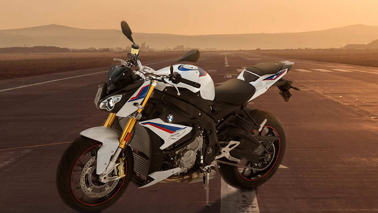59 The 2019 Bmw S1000R Interior with 2019 Bmw S1000R