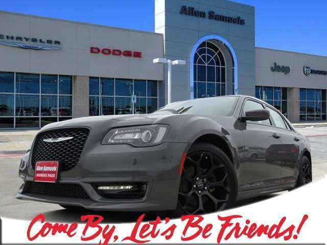 60 Great 2019 Chrysler 300 Pics Exterior and Interior with 2019 Chrysler 300 Pics