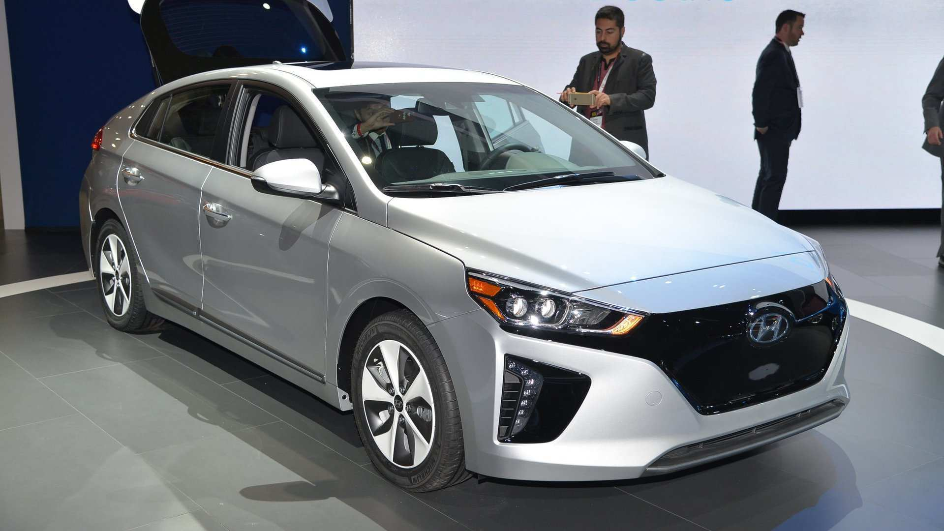 60 New 2020 Hyundai Ioniq Reviews with 2020 Hyundai Ioniq