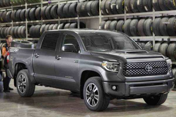 60 The 2019 Toyota Tundra Redesign Spy Shoot with 2019 Toyota Tundra Redesign