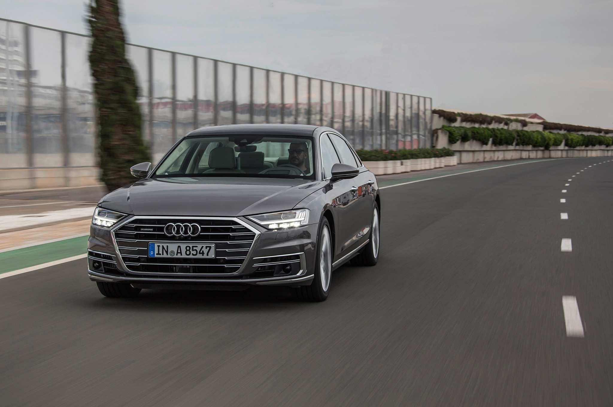 61 Best Review 2019 Audi A8 Features Interior with 2019 Audi A8 Features