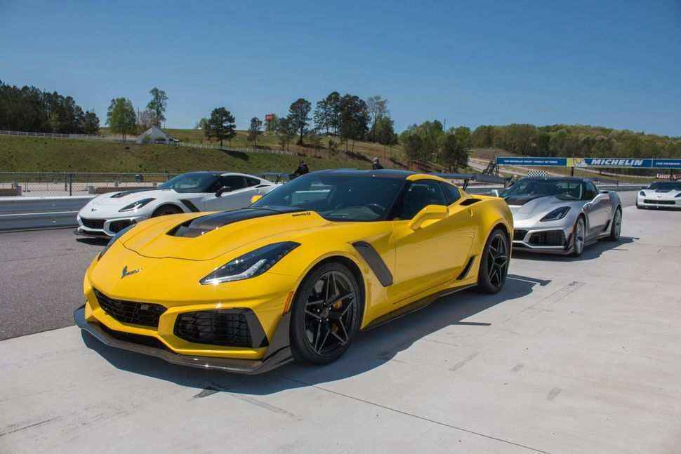 63 Gallery of 2019 Chevrolet Corvette Zr1 Release for 2019 Chevrolet Corvette Zr1