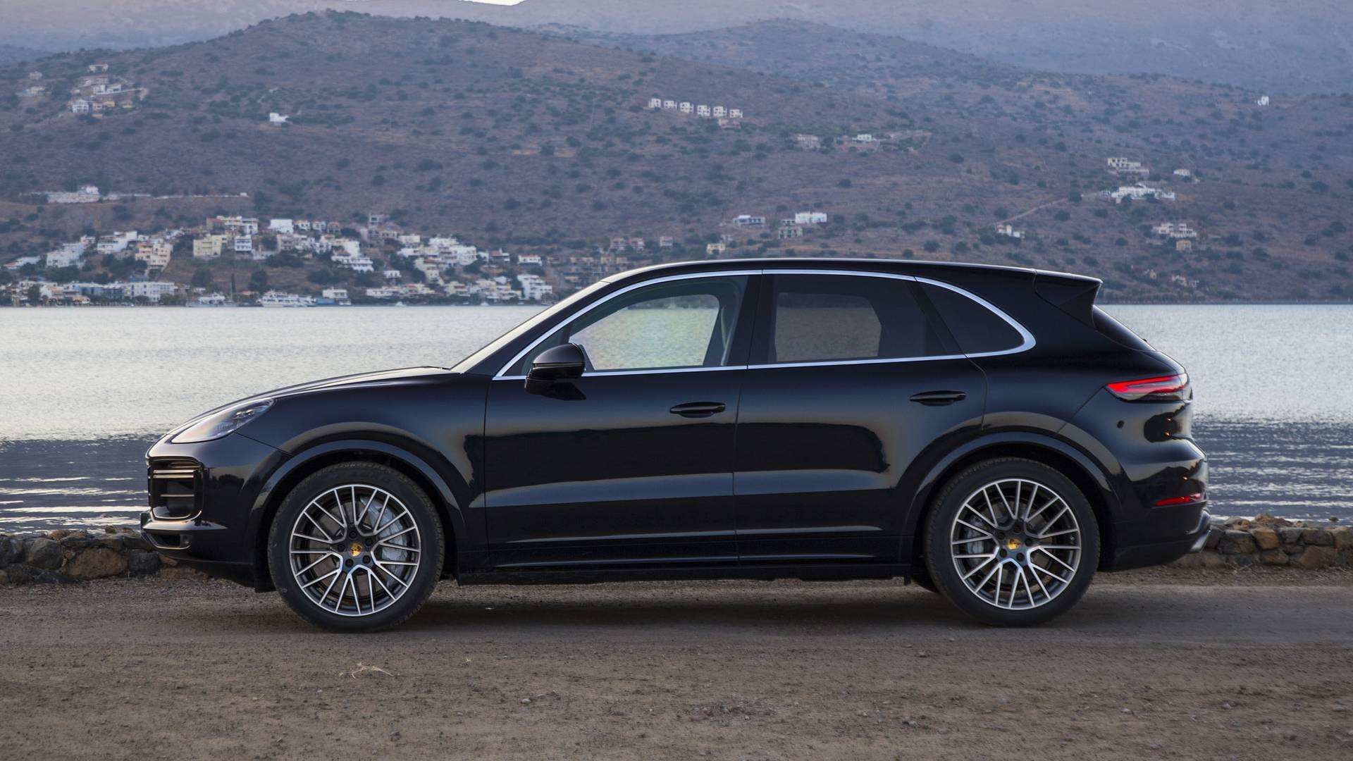 64 The 2019 Porsche Cayenne Video Research New with 2019 Porsche Cayenne Video