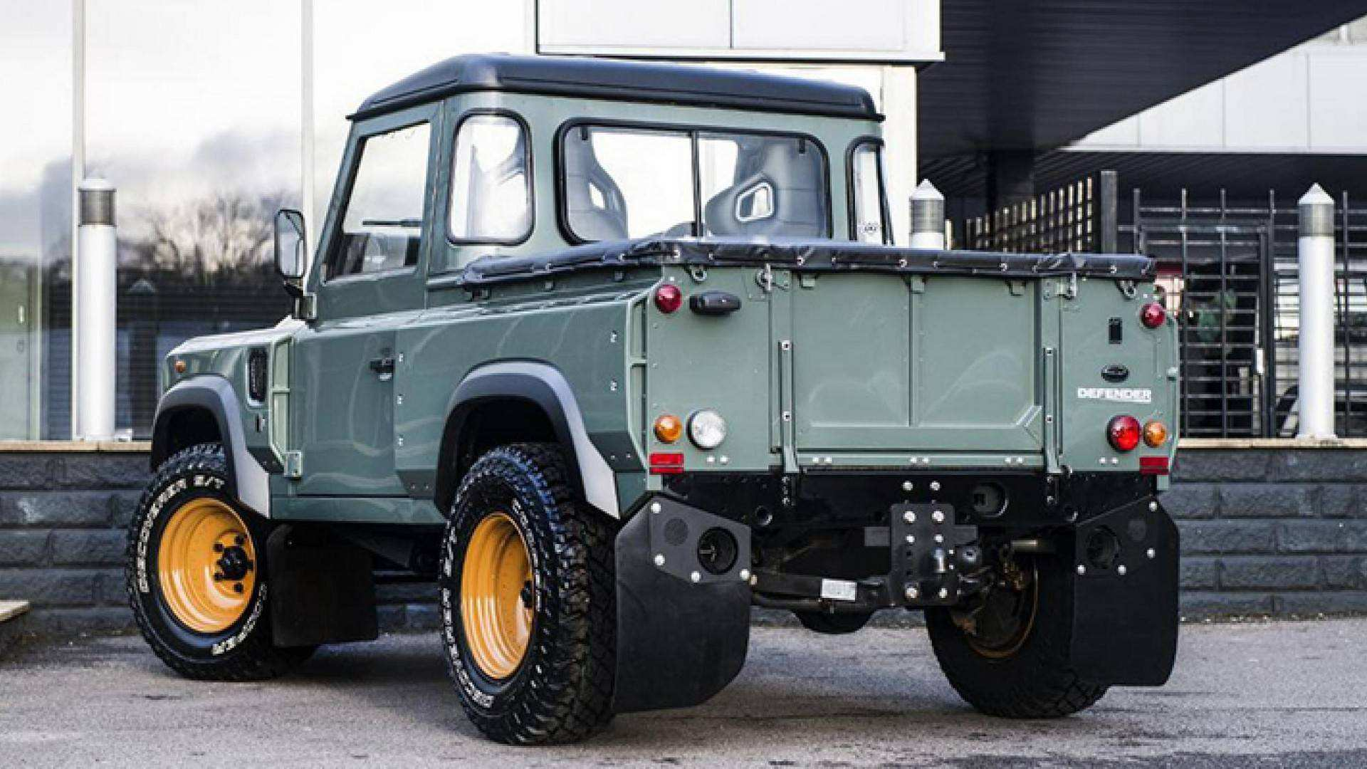 64 The 2020 Land Rover Truck Rumors by 2020 Land Rover Truck