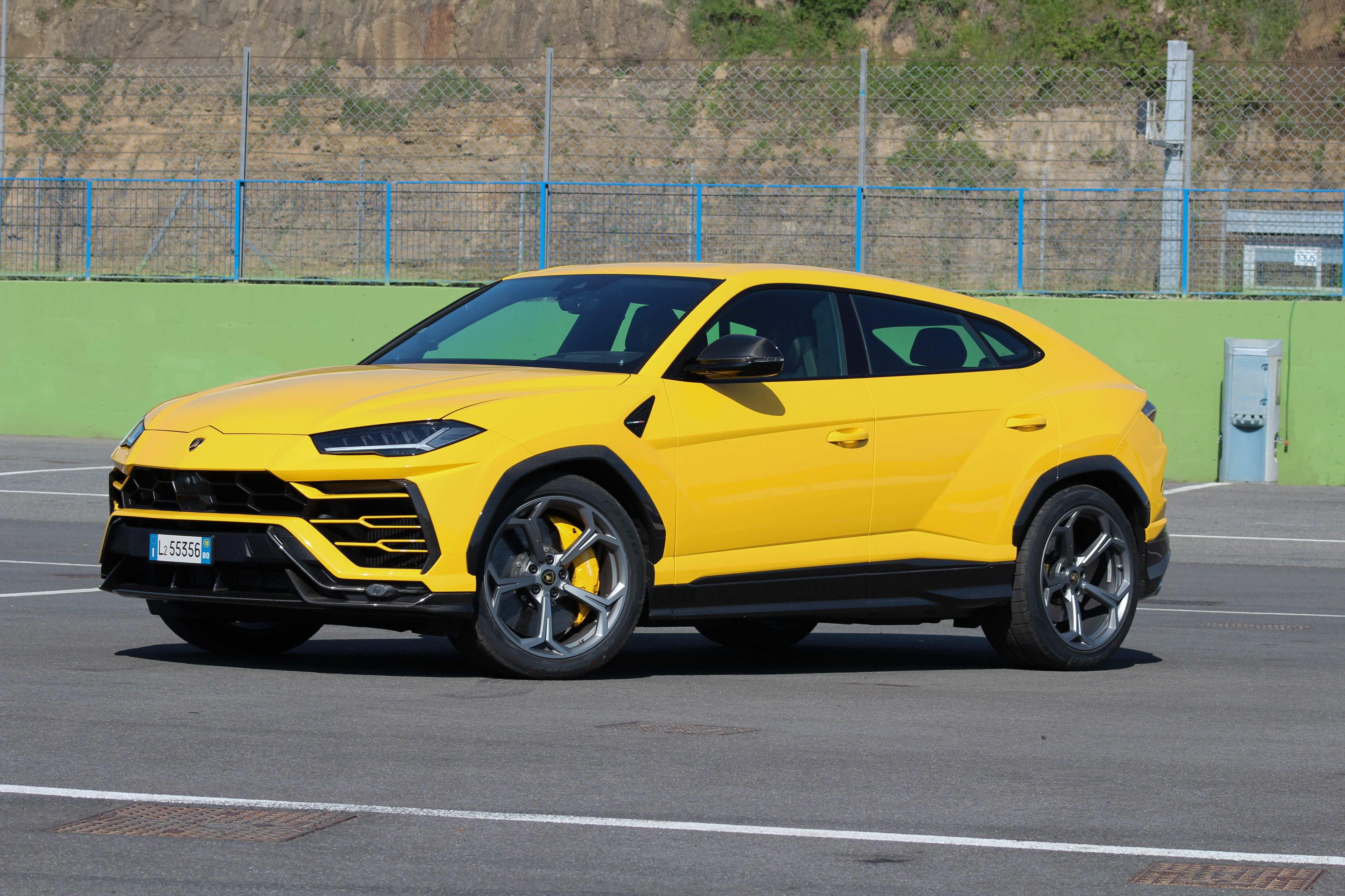 69 Concept of 2019 Lamborghini Urus Review Speed Test with 2019 Lamborghini Urus Review