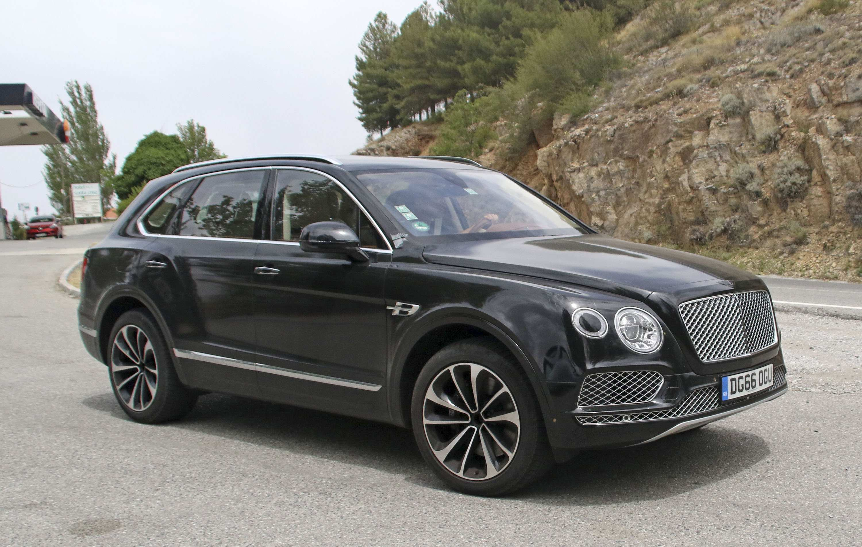 71 All New 2019 Bentley Bentayga V8 Price First Drive for 2019 Bentley Bentayga V8 Price