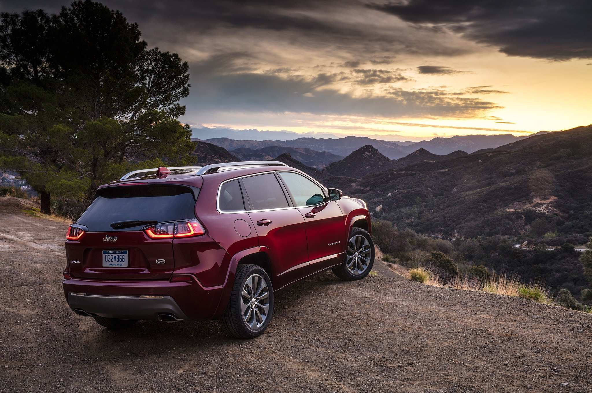 71 Gallery of 2019 Jeep Outlander Specs and Review with 2019 Jeep Outlander