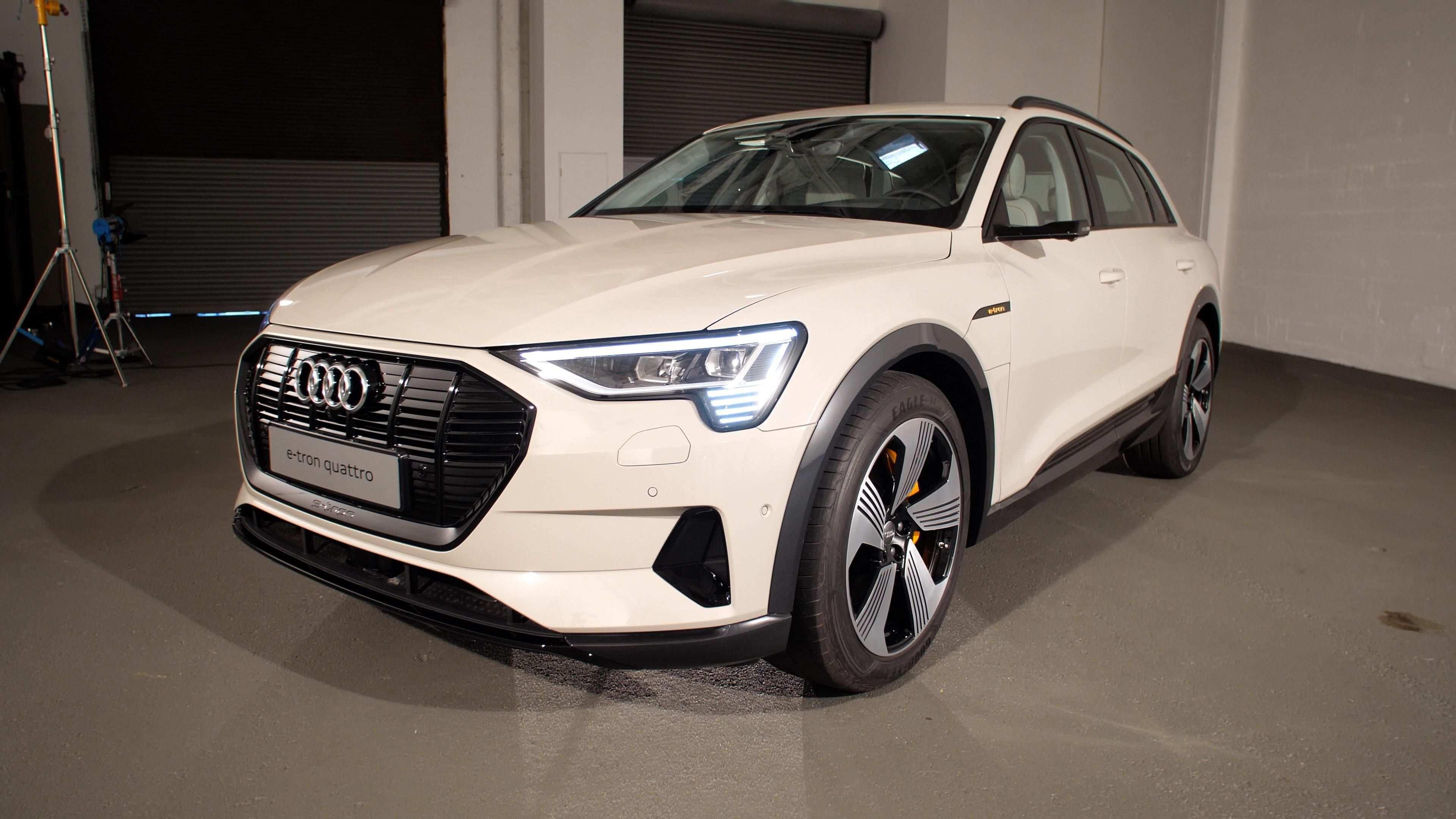 72 New 2019 Audi E Tron Quattro History for 2019 Audi E Tron Quattro