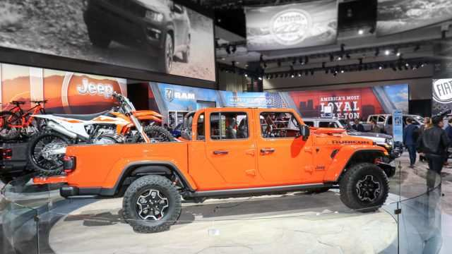 74 The 2019 Jeep Wrangler La Auto Show Exterior for 2019 Jeep Wrangler La Auto Show