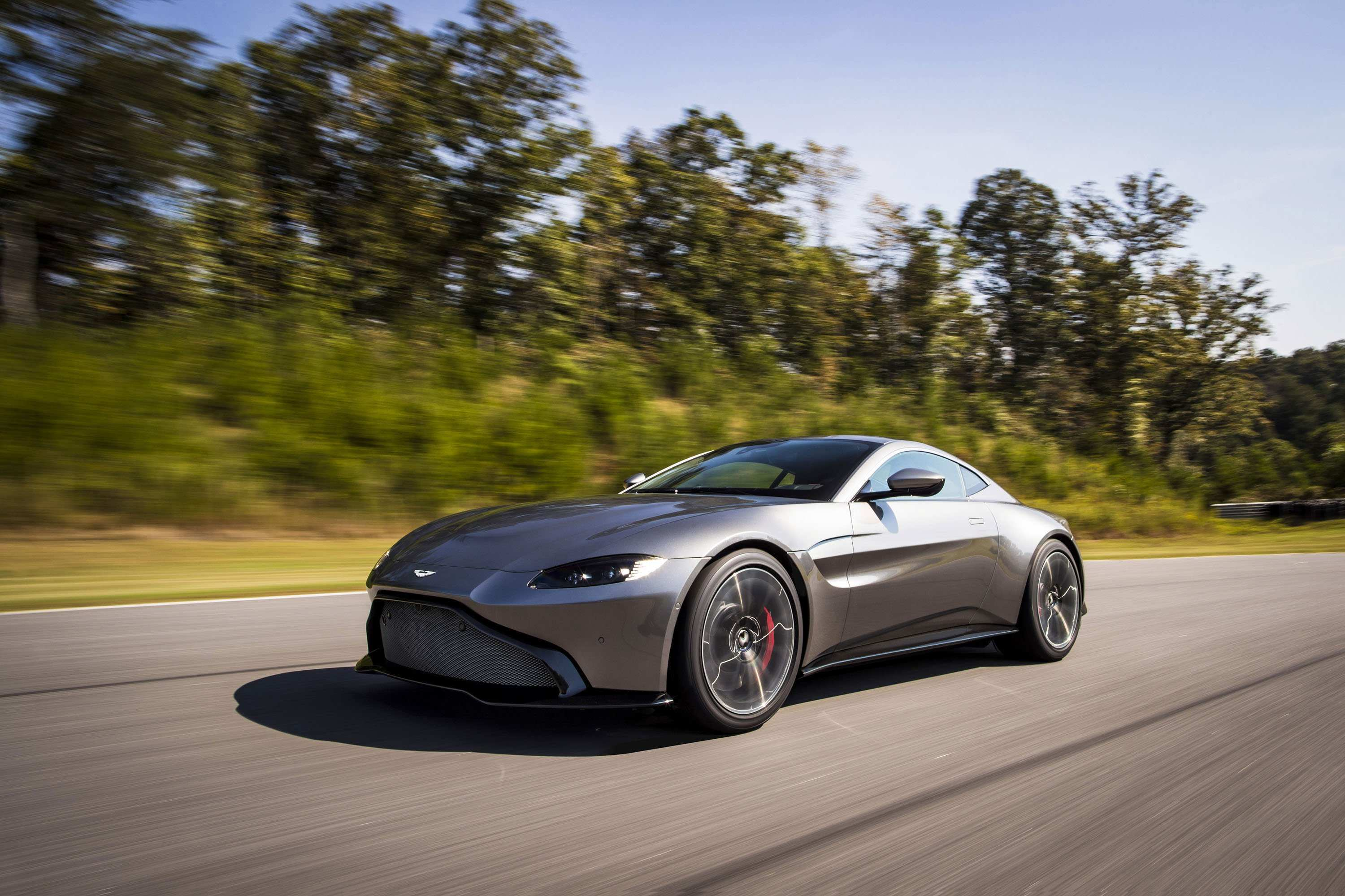 76 Great 2019 Aston Martin Vantage Predictably Stunning History for 2019 Aston Martin Vantage Predictably Stunning
