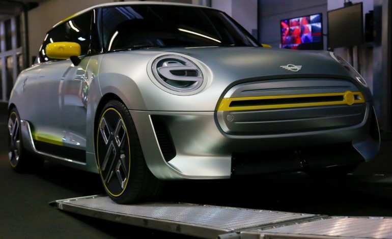 77 Gallery of Electric Mini 2019 Price Interior by Electric Mini 2019 Price