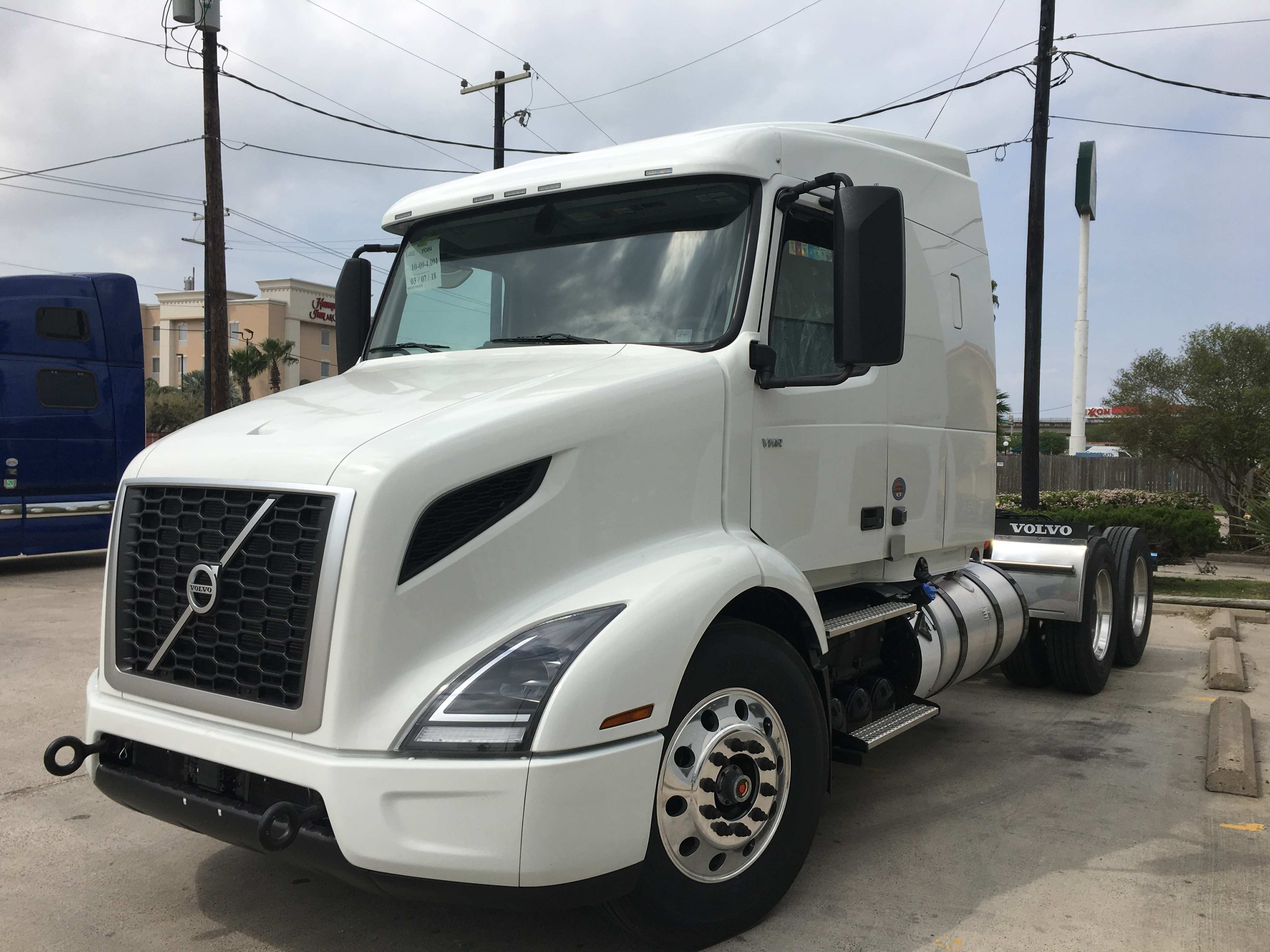 78 Gallery of 2019 Volvo Truck For Sale Price and Review by 2019 Volvo Truck For Sale