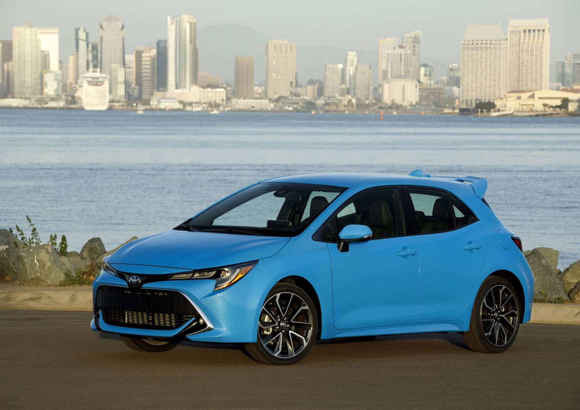 80 Best Review 2019 Toyota Corolla Hatchback Review Exterior and Interior by 2019 Toyota Corolla Hatchback Review