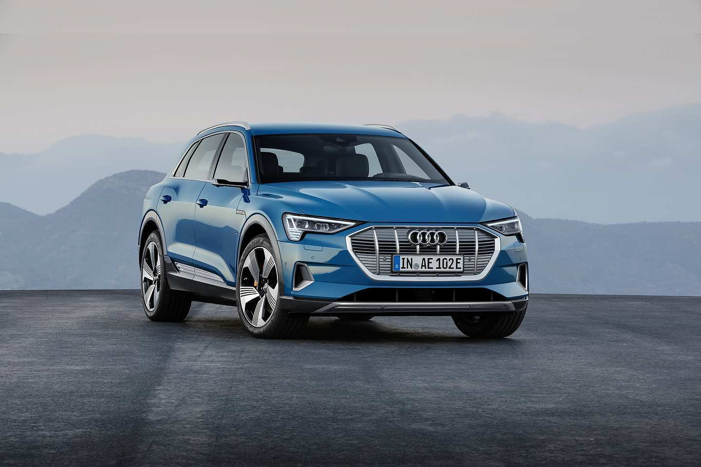80 Best Review 2020 Audi E Tron Exterior and Interior for 2020 Audi E Tron