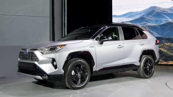 80 Gallery of 2019 Toyota Rav4 Hybrid Exterior and Interior with 2019 Toyota Rav4 Hybrid