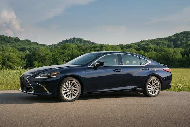 81 Gallery of 2019 Lexus Es Hybrid Pictures with 2019 Lexus Es Hybrid