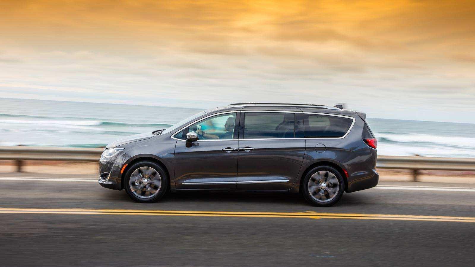 82 New 2019 Chrysler Minivan First Drive for 2019 Chrysler Minivan