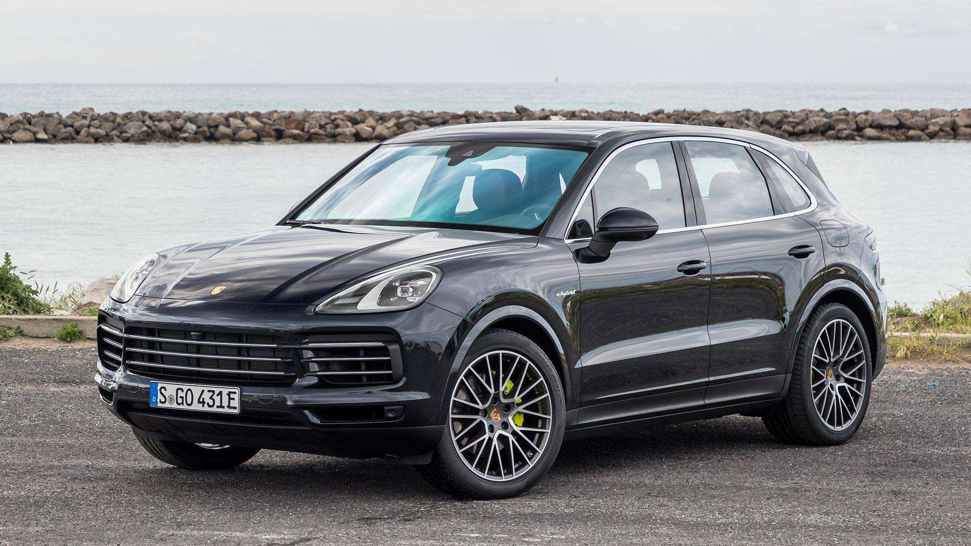 83 The 2019 Porsche Cayenne First Look New Review with 2019 Porsche Cayenne First Look