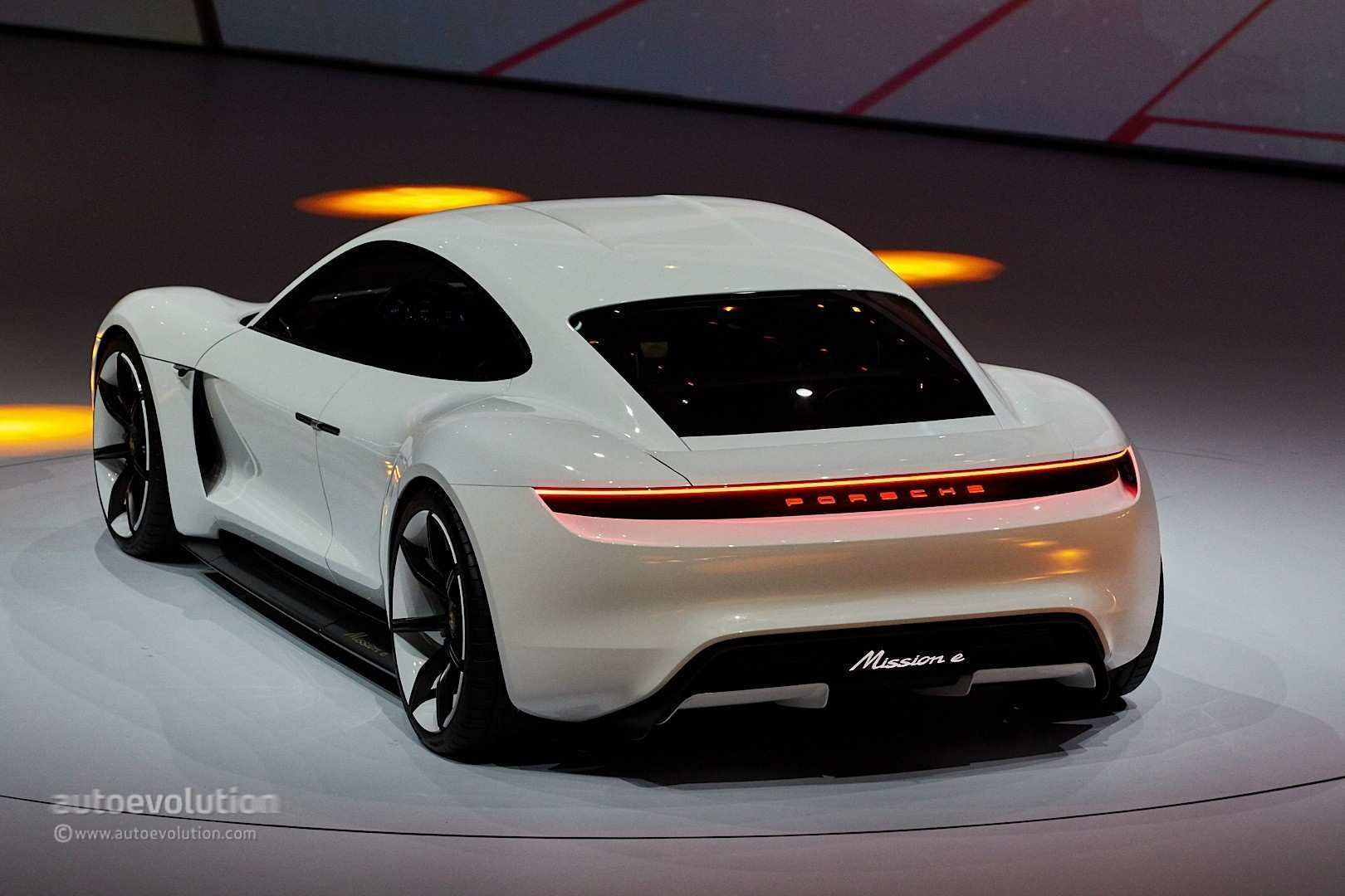 84 Best Review 2020 Porsche Mission E Interior for 2020 Porsche Mission E