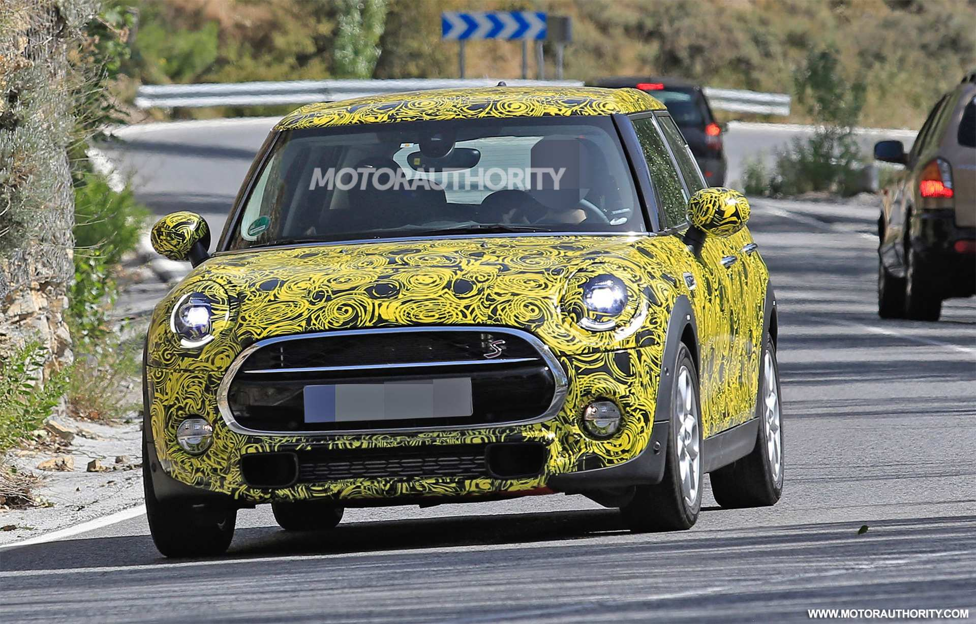 84 Great 2019 Mini Cooper Spy Shots Speed Test by 2019 Mini Cooper Spy Shots