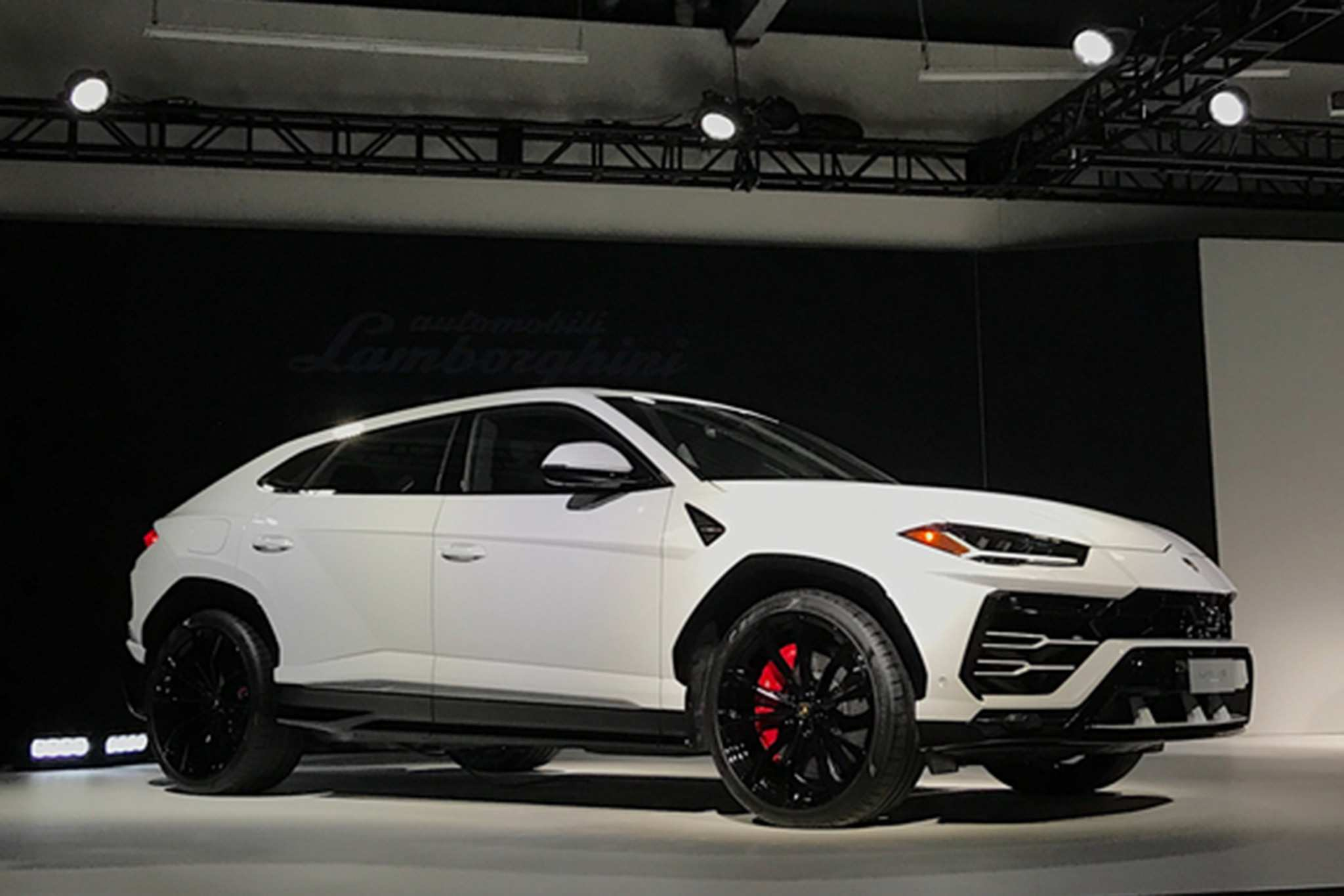 85 Gallery of 2019 Lamborghini Urus Price Concept with 2019 Lamborghini Urus Price