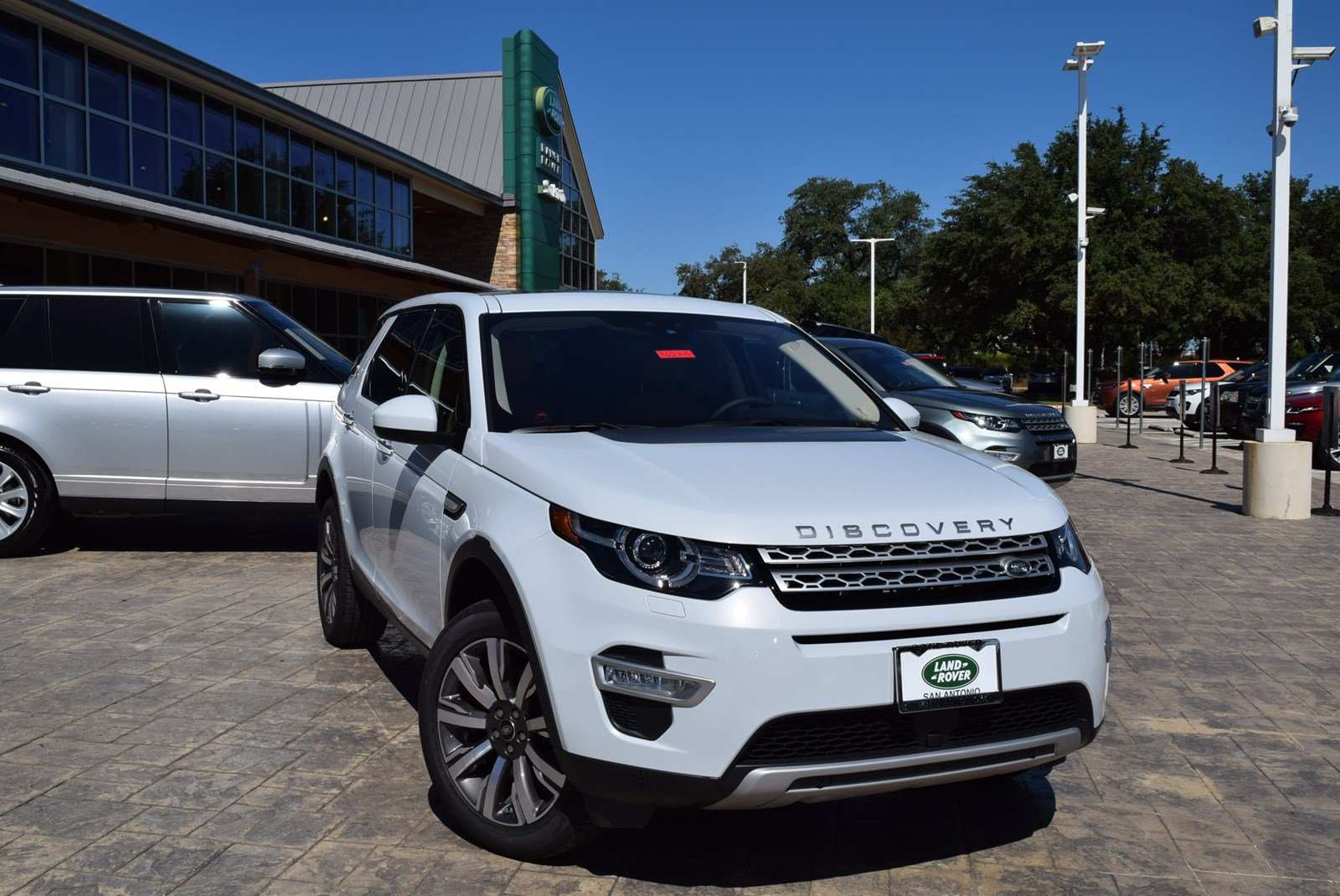 88 Gallery of 2019 Land Rover Lr4 Specs with 2019 Land Rover Lr4