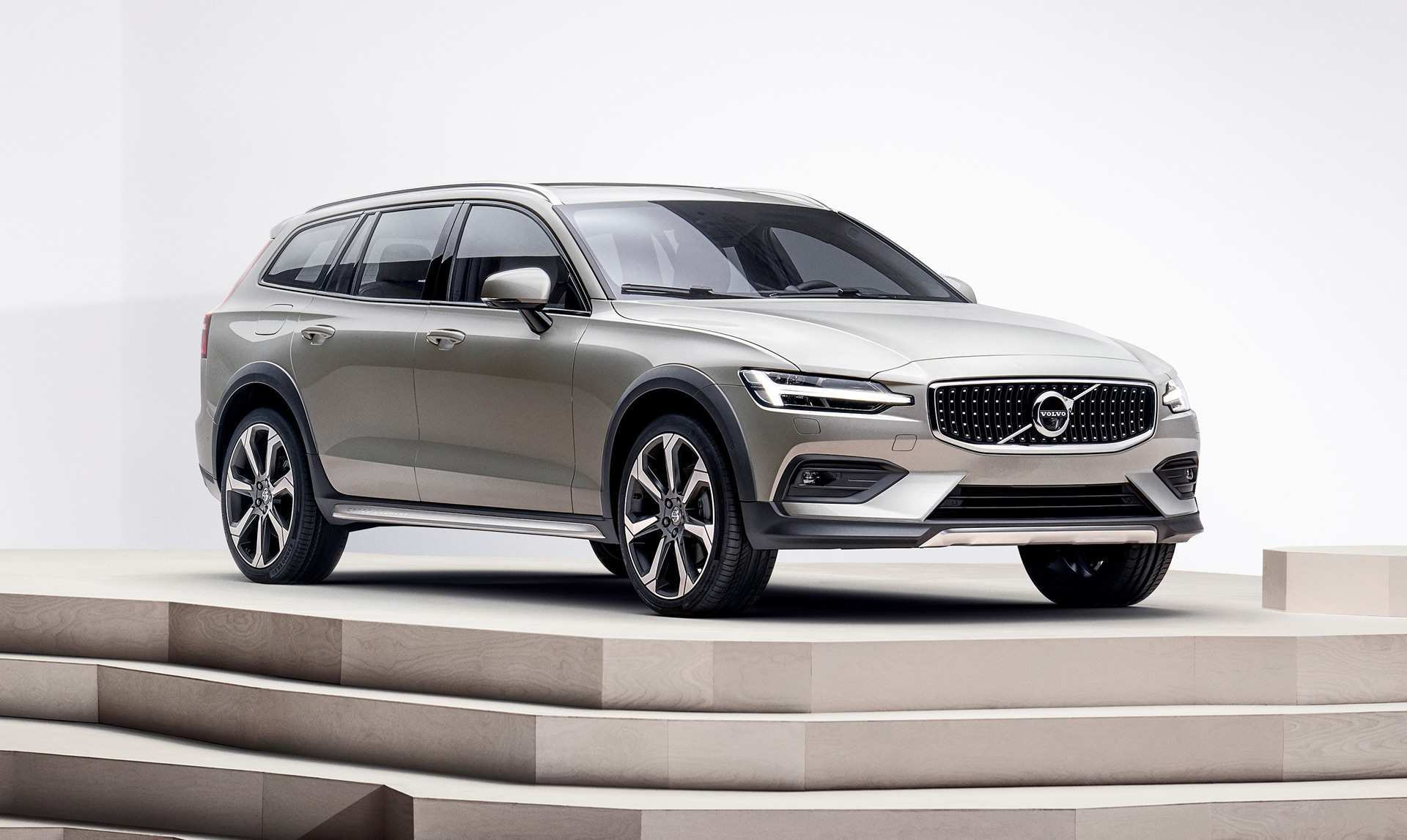 89 New 2019 Volvo V60 Cross Country Picture by 2019 Volvo V60 Cross Country