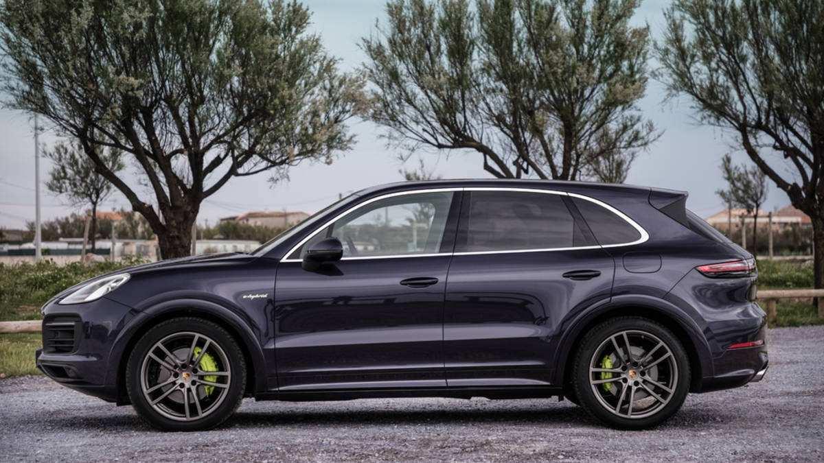 90 Best Review 2019 Porsche Cayenne Standard Features Prices by 2019 Porsche Cayenne Standard Features