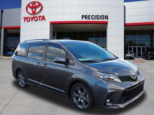 90 Gallery of 2019 Toyota Sienna Se Price and Review with 2019 Toyota Sienna Se