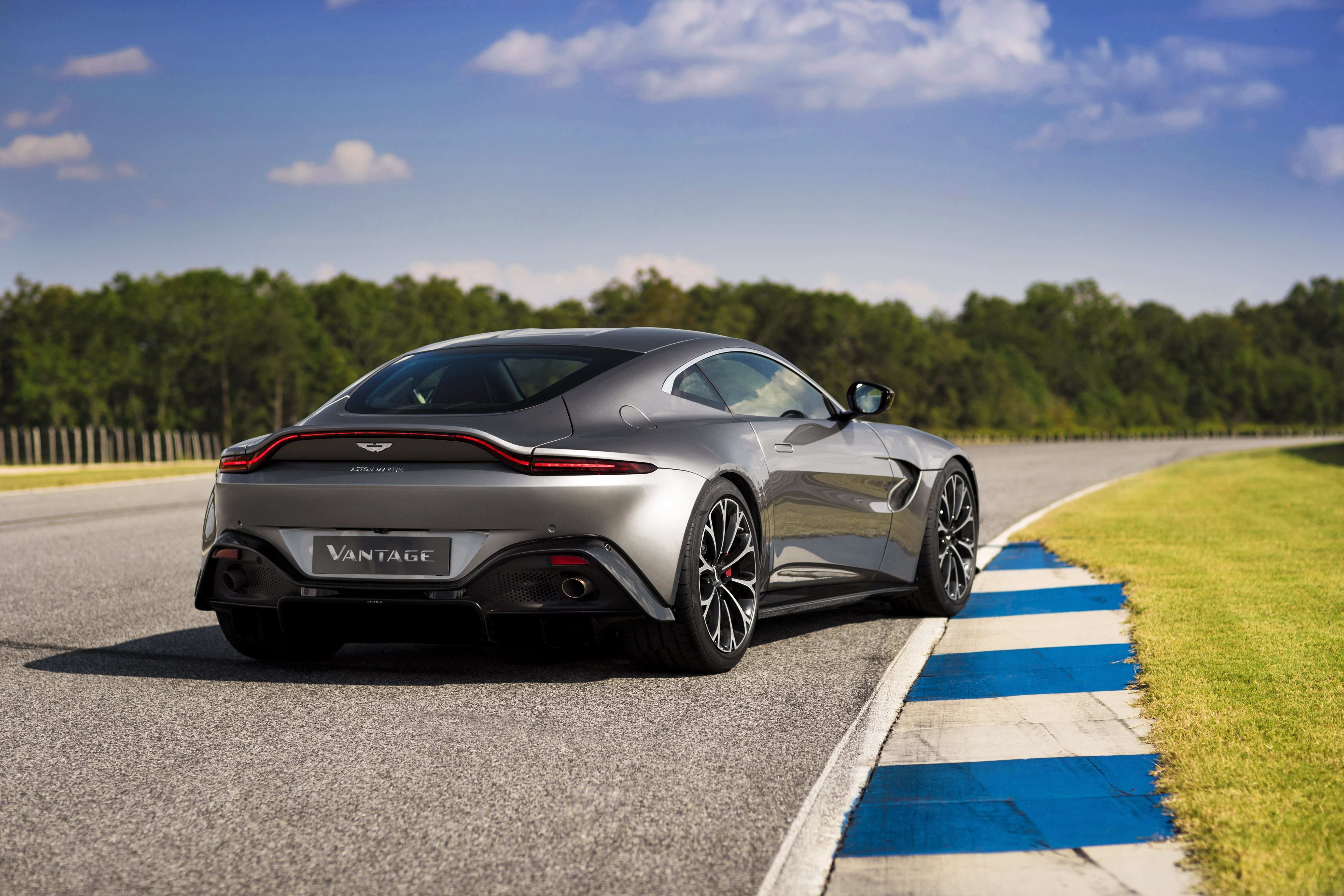 94 Best Review 2019 Aston Vantage Redesign and Concept with 2019 Aston Vantage