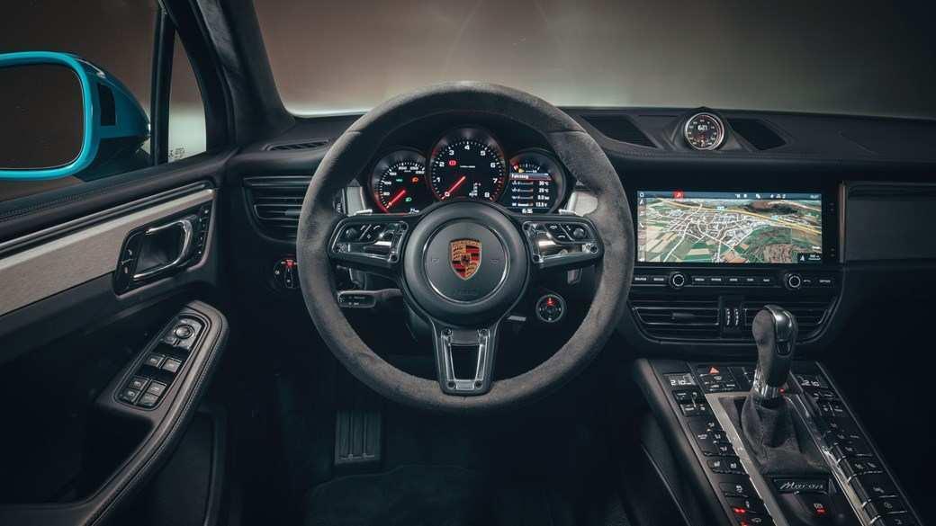 96 New 2019 Porsche Macan Interior Spy Shoot for 2019 Porsche Macan Interior