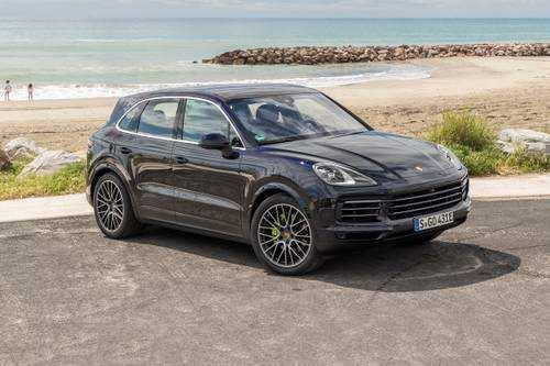 98 Best Review 2019 Porsche Cayenne Standard Features Exterior with 2019 Porsche Cayenne Standard Features